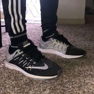 Men's Nike zoom elite 8